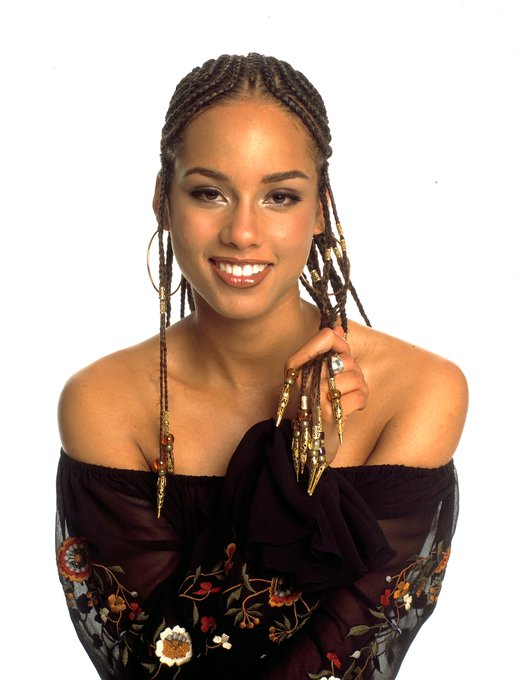 Happy 40th birthday to R&B artist Alicia Keys! What\s your favorite song by her?