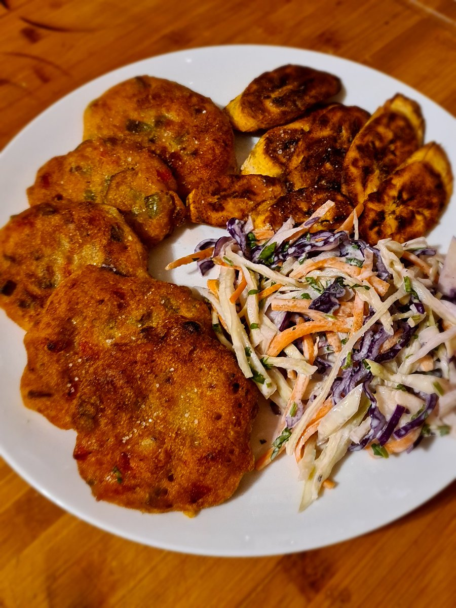 @PeopleOfUK Last night I made saltfish fritters and plantain for the first time ever. It was good too!!