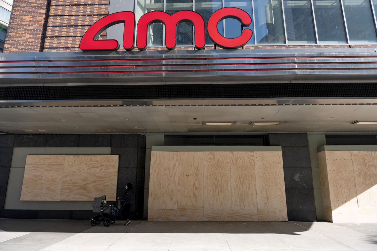 AMC Theatres staves off bankruptcy just in time for studios to delay their films all over again theverge.com/2021/1/25/2224…
