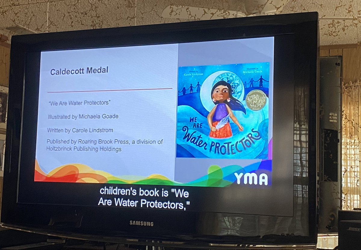 Yessss!!! I was hoping this book would win!! ❤️❤️❤️ congratulations to Michaela Goade!! #ALAyma #ALAMW21 #bookworm #caldecottmedal