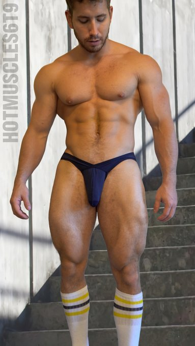Wanna get a closer look? Join my hot https://t.co/fDboDEekMo  #muscleworship #muscle #fitness #gym #fit