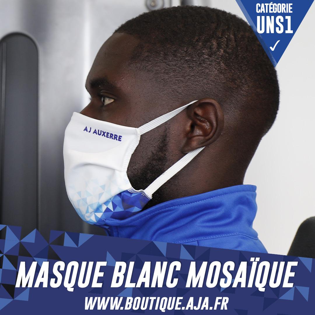 😷 Les 𝗺𝗮𝘀𝗾𝘂𝗲𝘀 @AJA sont 𝗰𝗮𝘁𝗲́𝗴𝗼𝗿𝗶𝗲 𝗨𝗡𝗦𝟭.  Ils sont aux normes pour une utilisation et une protection quotidienne, avec 30 lavages garantis.  Commande et affiche tes couleurs 👉   🔹 1 masque acheté = 1€ reversé à l'hôpital d'Auxerre 🔹