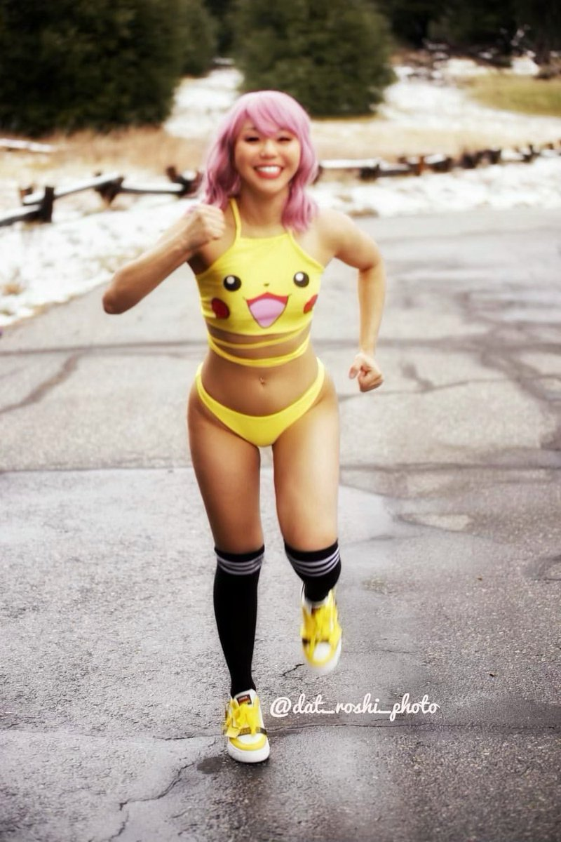 What cha gonna do when a little pikachu runs toward you???   PC 📸 @Dat_Roshi   #pikapika #pikachu #Pokemon #anipoke #PokemonGO #PokemonGOraid #anime #animegirl #altgirl #bodypositivity #gamergirl #cosplayergirl #cosplayer #PokemonSwordShield