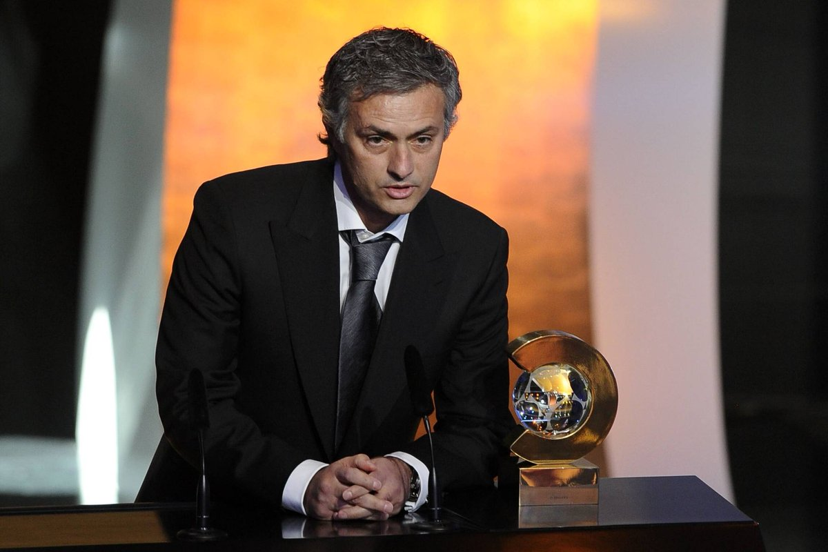 Happy birthday to 2010 FIFA World Coach of the Year (& Instagram King 🍿), Jose Mourinho! https://t.co/doIyR4391c