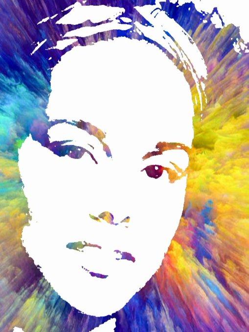 Happy Birthday to the last of our Indigos Alicia Keys 1/25 1981 27  9.9.9