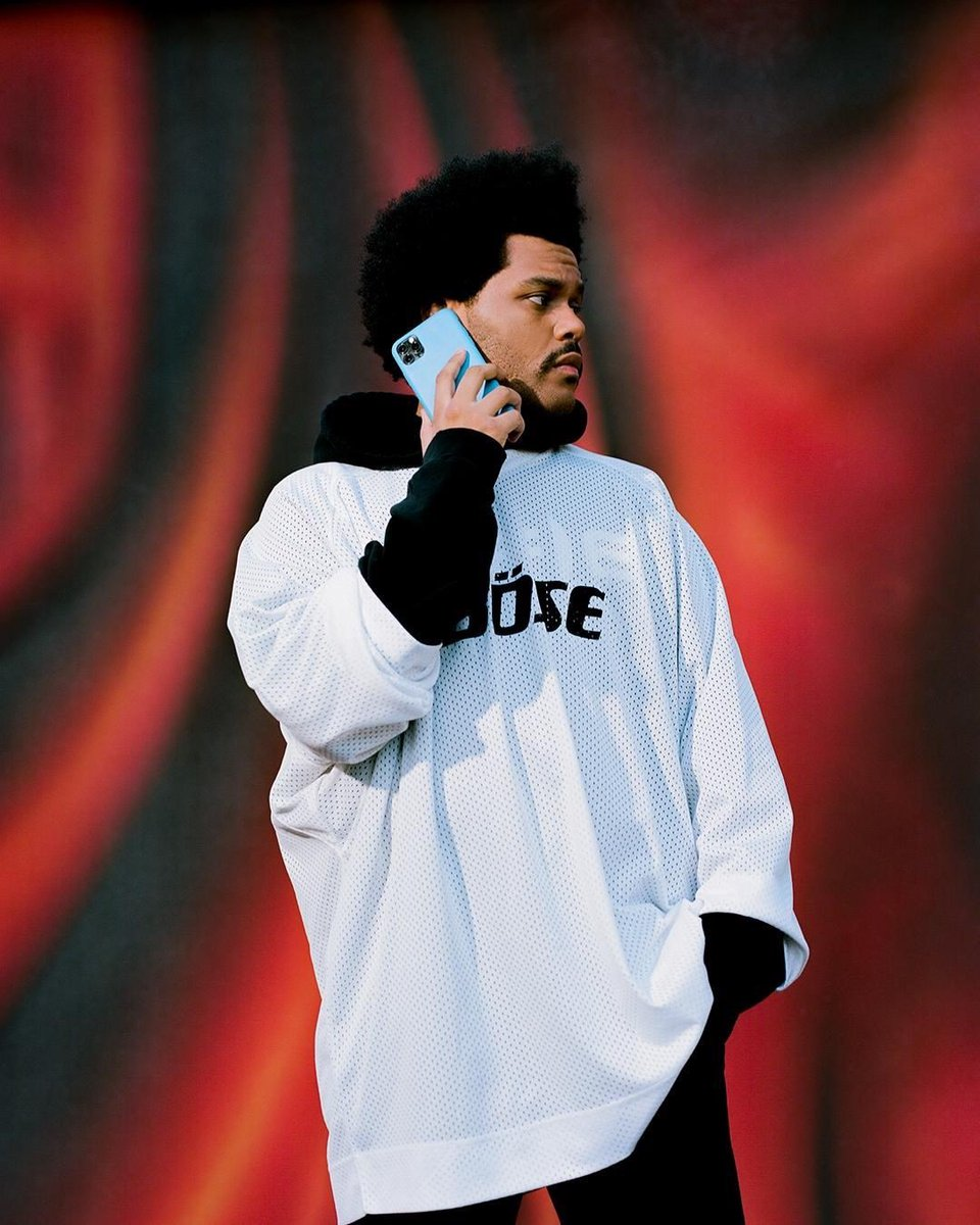 .@theweeknd reaches a new peak of monthly listeners on Spotify with 67.82 million. (67,823,482 [+148,084])  He is the most listened artist on the platform currently.