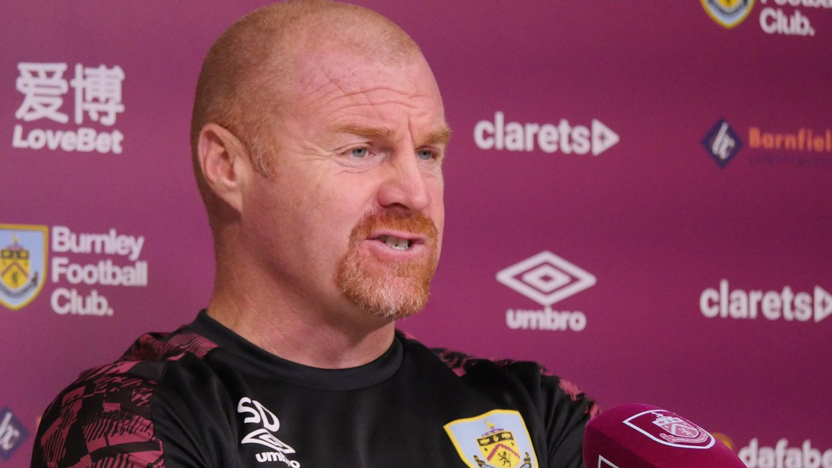 PRESS | The gaffer is now facing the media, ahead of Wednesday's game with Villa. 🎙️  WATCH -  📺  #BURAVL | #UTC