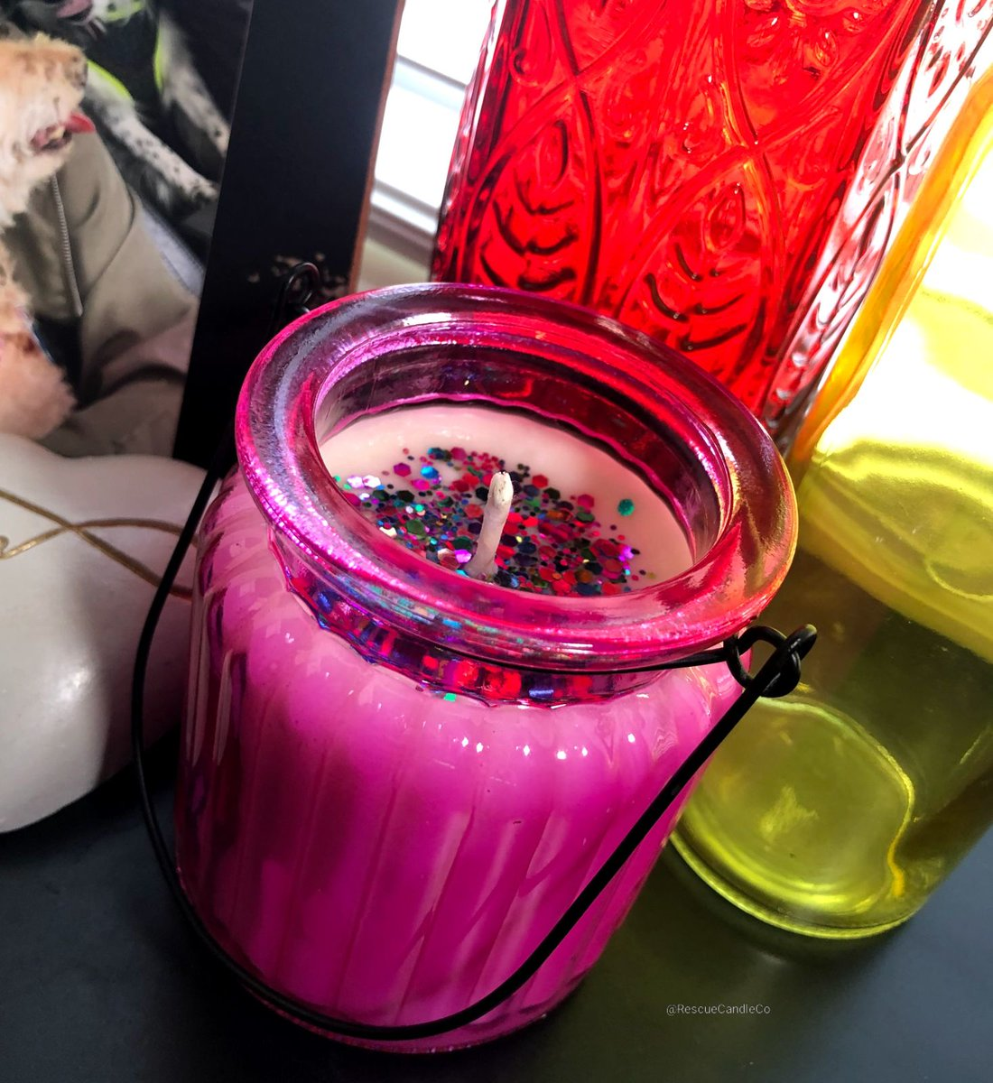"""Not a floral arrangement, but smells like one! 💐 """"Flower Bouquet"""" comes in a variety of colors! 💜💙💚💗 LIMITED STOCK! Free US shipping over $35!  #Etsy #flowers #ValentinesDay #valentinesdaygift #candles #shopsmall"""