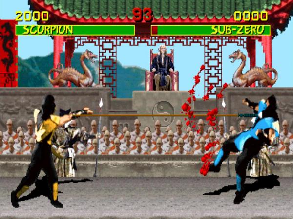 """20 días, 20 juegos DE LUCHA que te marcaron. 8) """"Mortal Kombat"""". El primer juego de lucha sangriento que tuvimos. Y aunque me comí la versión sin sangre de SNES, sí jugué en Mega Drive y en el arcade. Y los movimientos de los personajes, una pasada. #Videojuegos #MortalKombat"""