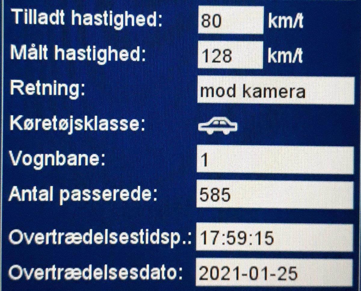 Landsdækkende færdselsindsats i denne uge, det kom åbenbart meget bag på 18 bilister på Hellevad-Bovvej i Aabenraa kommune. Så de får en kedelig hilsen i E-boks, 4 får desuden også et klip i kørekortet for hastigheder målt op til 128km/t i 80zone. Sænk nu farten #atkdk #politidk https://t.co/c13KpNLqZF