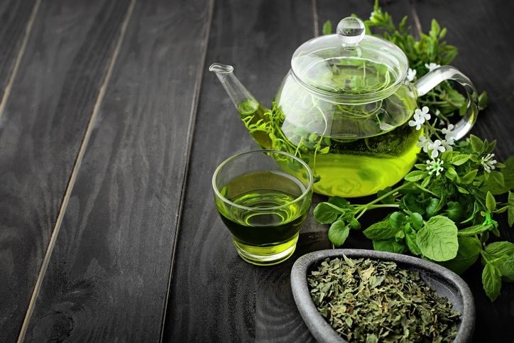 #Eastleigh #town #residents  Have you tried #greentea #herbaltea  Tastes great with #honey  #refreshing good for body #detox and it is very #healthy for things like #diabetes #blood #pressure #cholesterol #heart  Try some  Have a relaxing #evening #monday #night  Philip