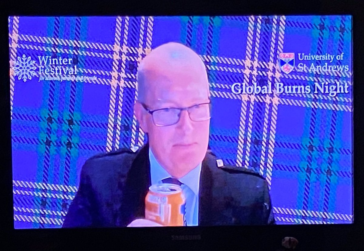 Great initiative from @UStAAlumni to bring alumni, students, and friends/family together in this #lockdown celebration of #BurnsNight. I'm tuned in with my parents and girlfriend 🏴󠁧󠁢󠁳󠁣󠁴󠁿🏴󠁧󠁢󠁥󠁮󠁧󠁿 #GlobalBurnsNight #ForeverSaints