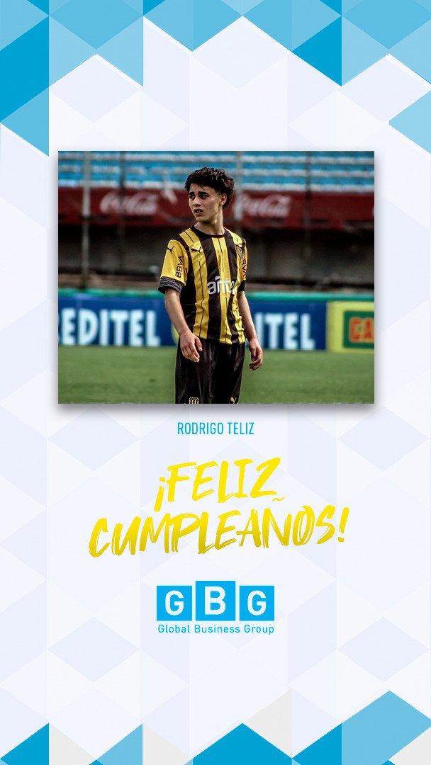 🥳#Felizcumple #16 Rodri!!! Te deseamos lo mejor y que disfrutes mucho en tu día! 🎁🎈#GBGplayer #Peñarol #Cumpleaños #Felicidades @OficialCAP @FormativasCAP
