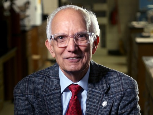 Prof Ratan Lal, Indian-US #Soil #Scientist awarded with Padma Shri, one of the highest civilian award of India! He is only in the Field of Science and Engineering!