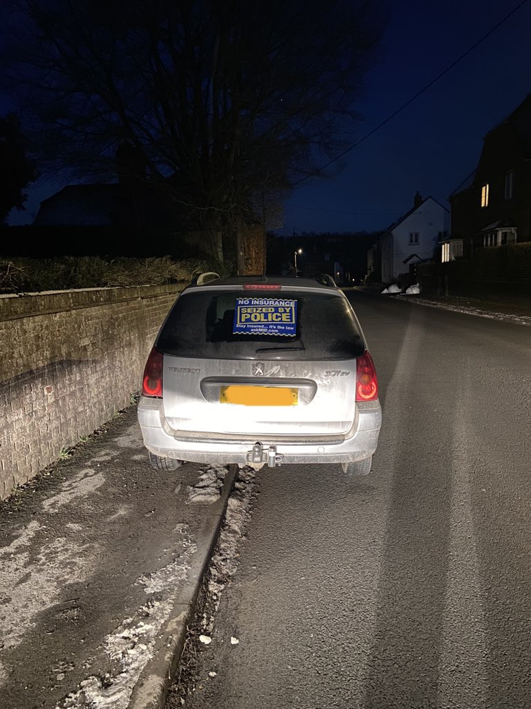 On route back to HQ when a vehicle flagged up on ANPR. Delivery driver, who hadn't kept his vehicle in order, MOT expired nearly a year ago, No Tax, Insurance didn't cover for business! Driver reported and vehicle seized.  #SRSU #5940