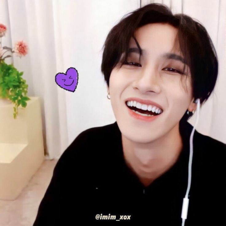 i love you more each day passing by. thank you for existing and be my happiness. watching you smiling is my biggest strength of living ♡   #HBDtoIM #올겨울_IM으로_충분해