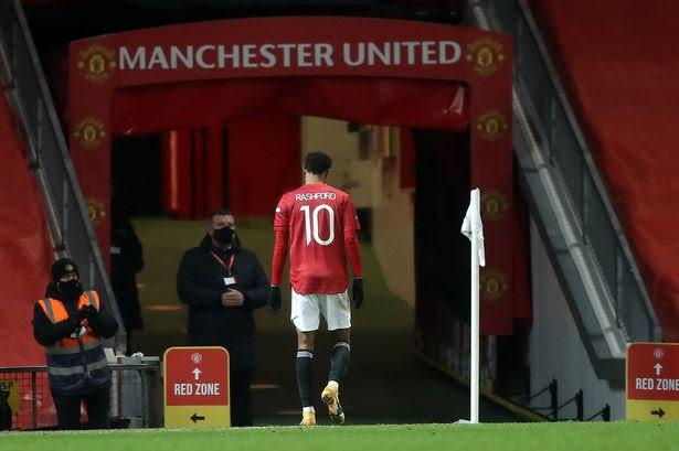 🔴 INFO  Marcus Rashford n'a bien évidement pas participé à l'entraînement du jour.  Des tests seront réalisés pour considérer l'éventuelle blessure (genou).  #MUFC #MUFC_FAMILY #GGMU #MUNLIV #CarabaoCup