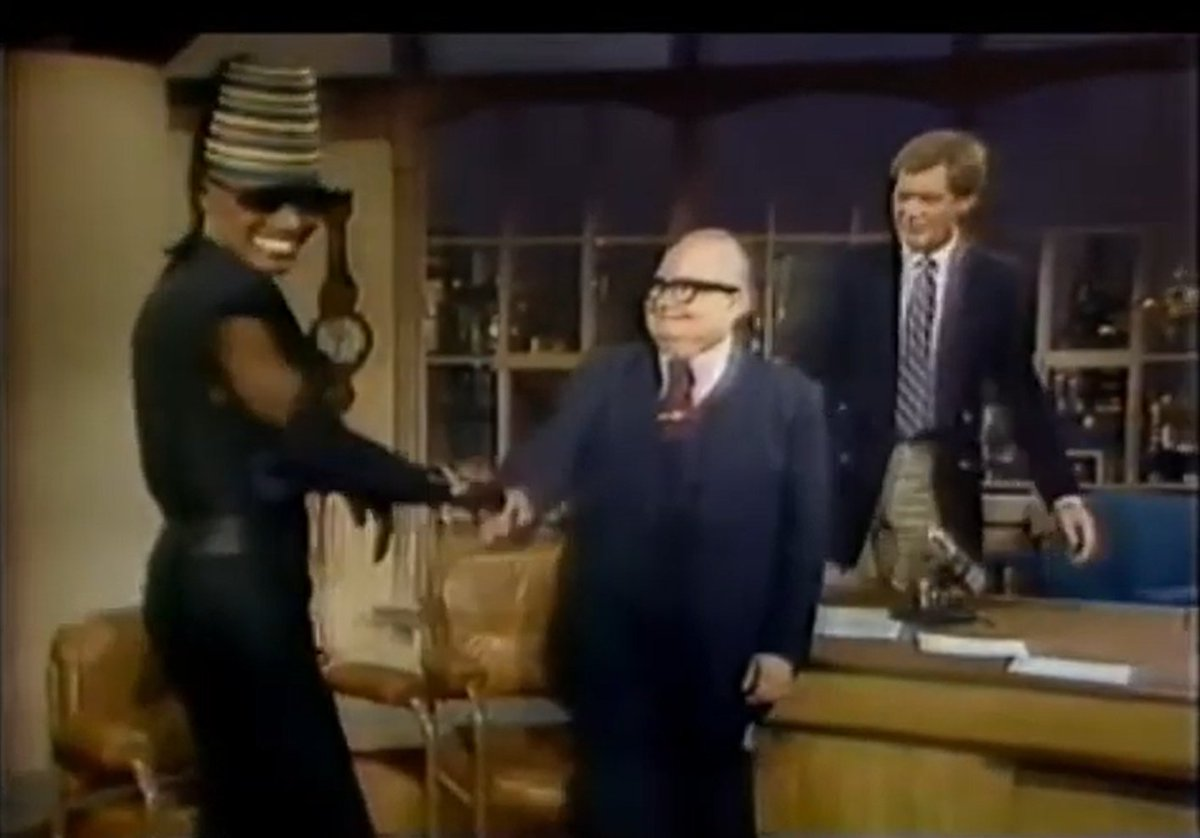 """3943. Late Night w/#DavidLetterman """"4/28/1984"""" - W/guests #HarryAnderson & @gracejones. Plus, Larry """"Bud"""" Melman as co-host. That's a good line-up. No clips from her movie, just holding stills up to the camera. Never liked CBS era Letterman, he's too mean, but this is good. (B)"""