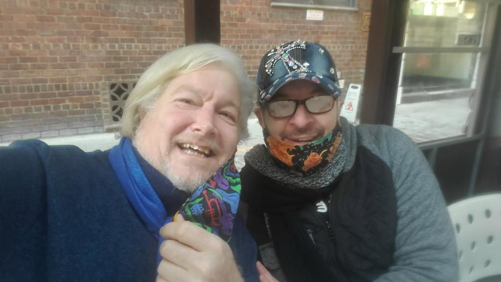 This guy....  Got to see my dear dear friend  @ike_Avelli   Yesterday at brunch for @wendystuart 's birthday.   Oh, there was laughter.  Love you Ike  #goodfriends #sundaybrunch #lifeoftym   @tymmoss https://t.co/JVdvXRt4Ft