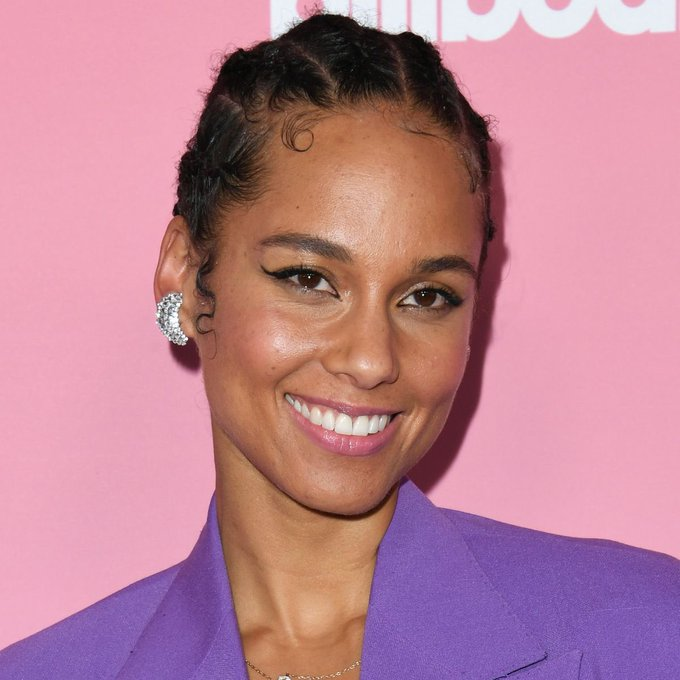 Happy 40th Birthday to the one and only Alicia Keys!