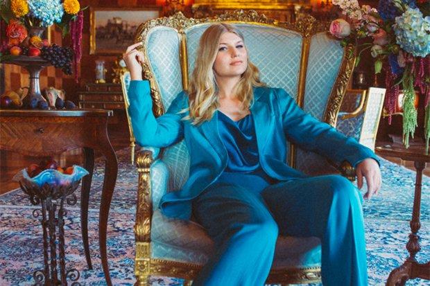 "One To Watch. @brynnelliott kicks off 2021 with ""Tell Me I'm Pretty"":"