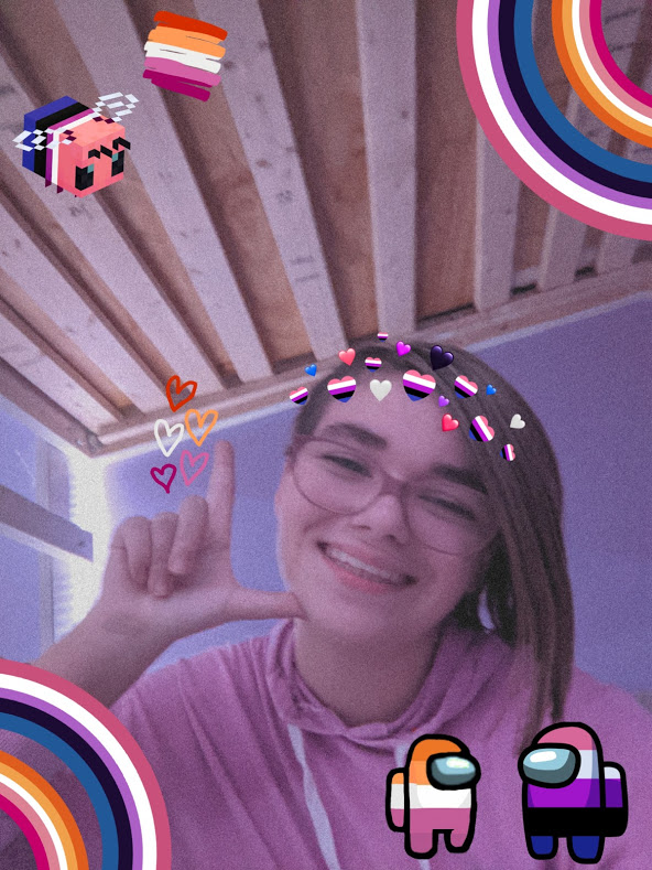 #transmcyttwtselfieday i usually dont do these things but felt ok today (also first time using picsart and its rlly fun :D)
