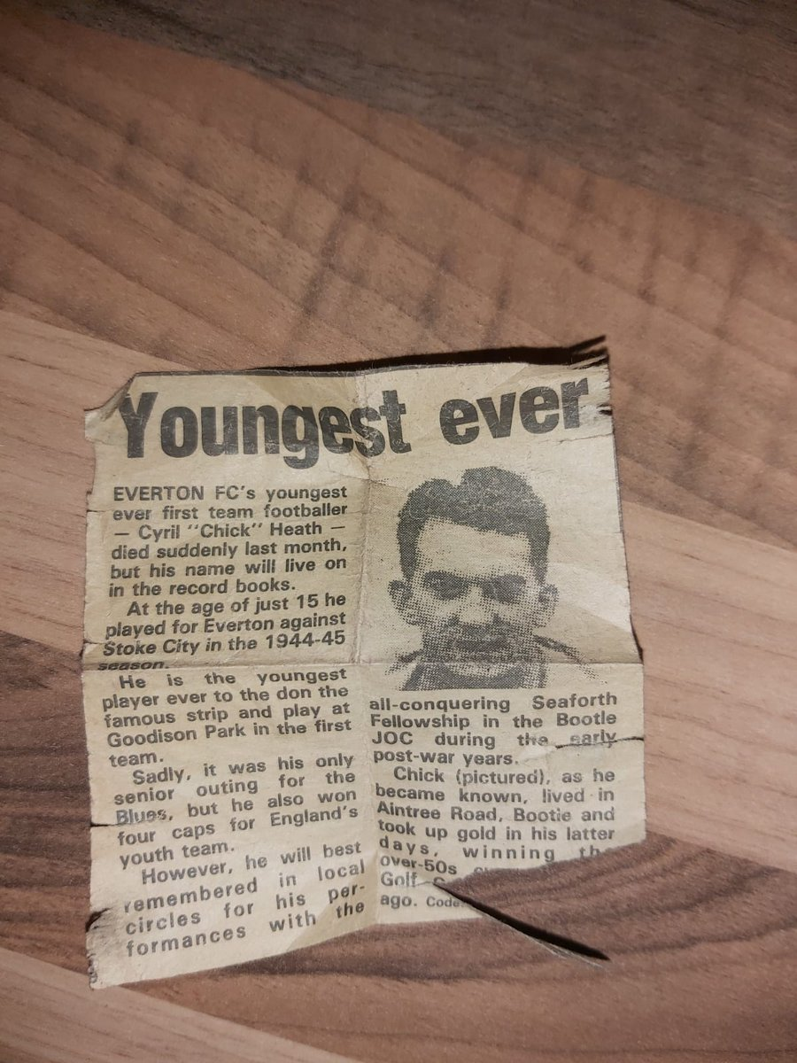 Absolutely made up for young Thierry Small last night becoming the 'youngest player' for @Everton. However, can't always help but think about this special man, my Grandad Chick. For years we have tried to have this noted, but sadly to no avail... But here he is 💙 @LivEchoEFC