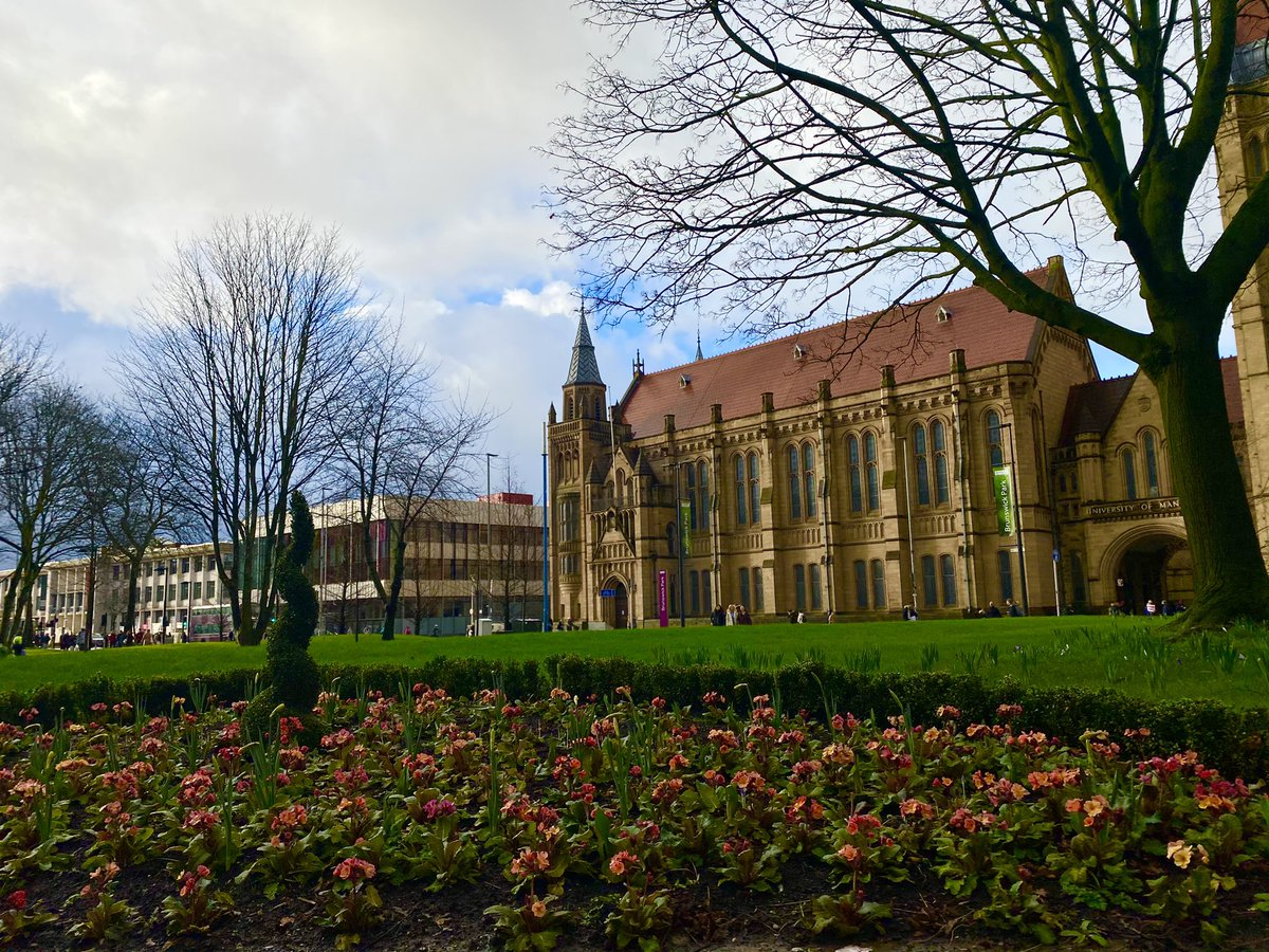 «The only way to be truly satisfied, is to do what you #believe is great work, and the only way to do great work is to #love what you do » #SteveJobs  Pic: #uom ❤️ last February   #mondaymotivation #apple #tbt  #womeninstem #manchester