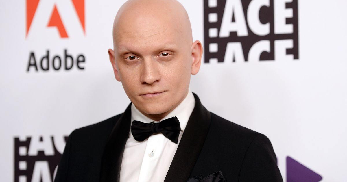 Replying to @mashable: Please, someone cast Anthony Carrigan in a 'Hitman' series
