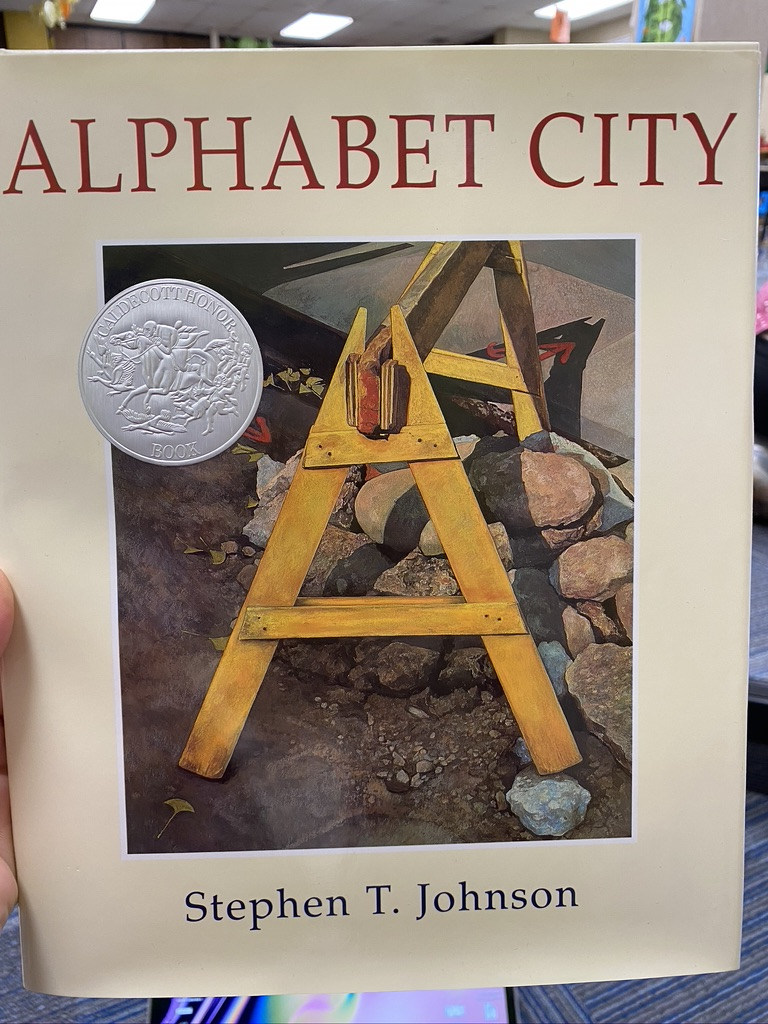 Kindergarten students read Alphabet City. Then students used their iPad camera app, airdrop and Apple Pages to create their own book of alphabet pictures. #everyonecancreate  #gcscpride  #GCInnovator @loriannkatz @megancthompson