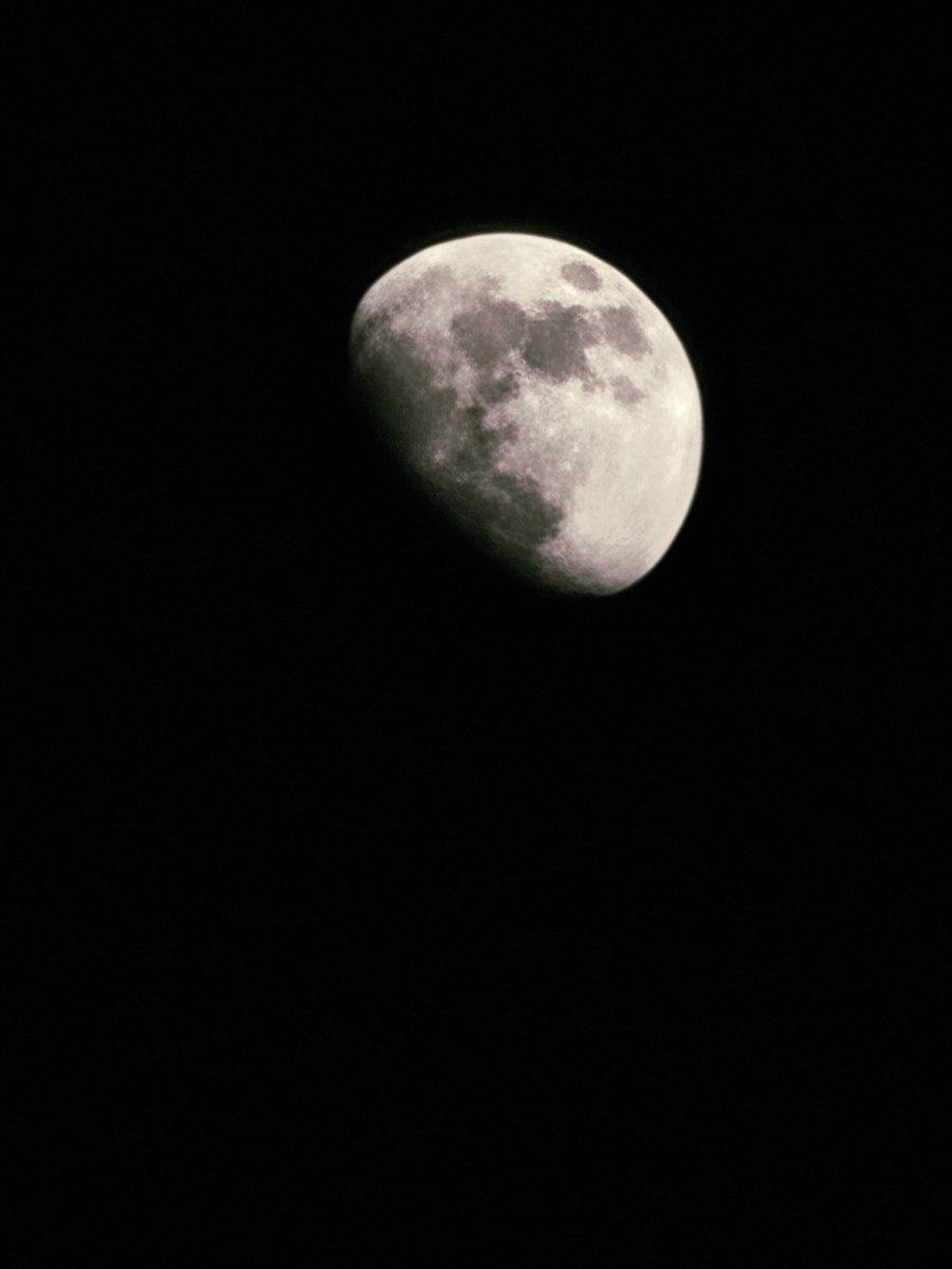 I took photo   #moon #photo #photography #photograph #photographer