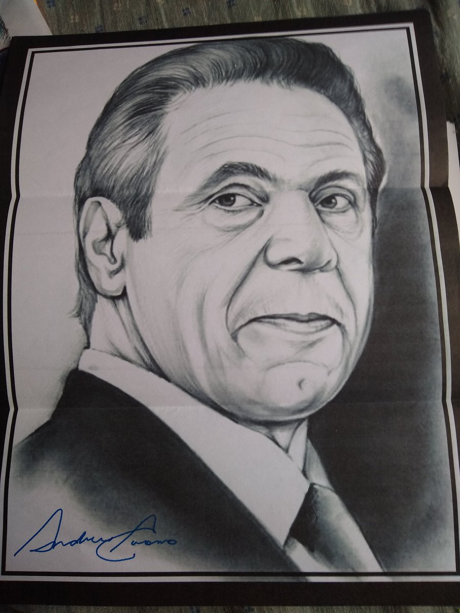 Huge Thank you to @NYGovCuomo for signing my photos he is truly a amazing leader that has my respect. Now if his brother @ChrisCuomo will sign I'd be happy @andrewcuomo #autograph #autographs #chriscuomo #newyork #andrewcuomo #cuomo #cuomoprimetime