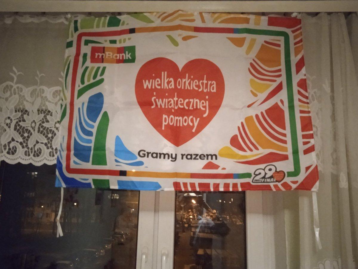 U mnie już wisi piękna flaga @fundacjawosp i @mBankpl  ❤️ Gramy razem DO KOŃCA ŚWIATA I JEDEN DZIEŃ DŁUŻEJ ❤️  #WOŚP #Finał #Łódź #Polska #GramyRazem