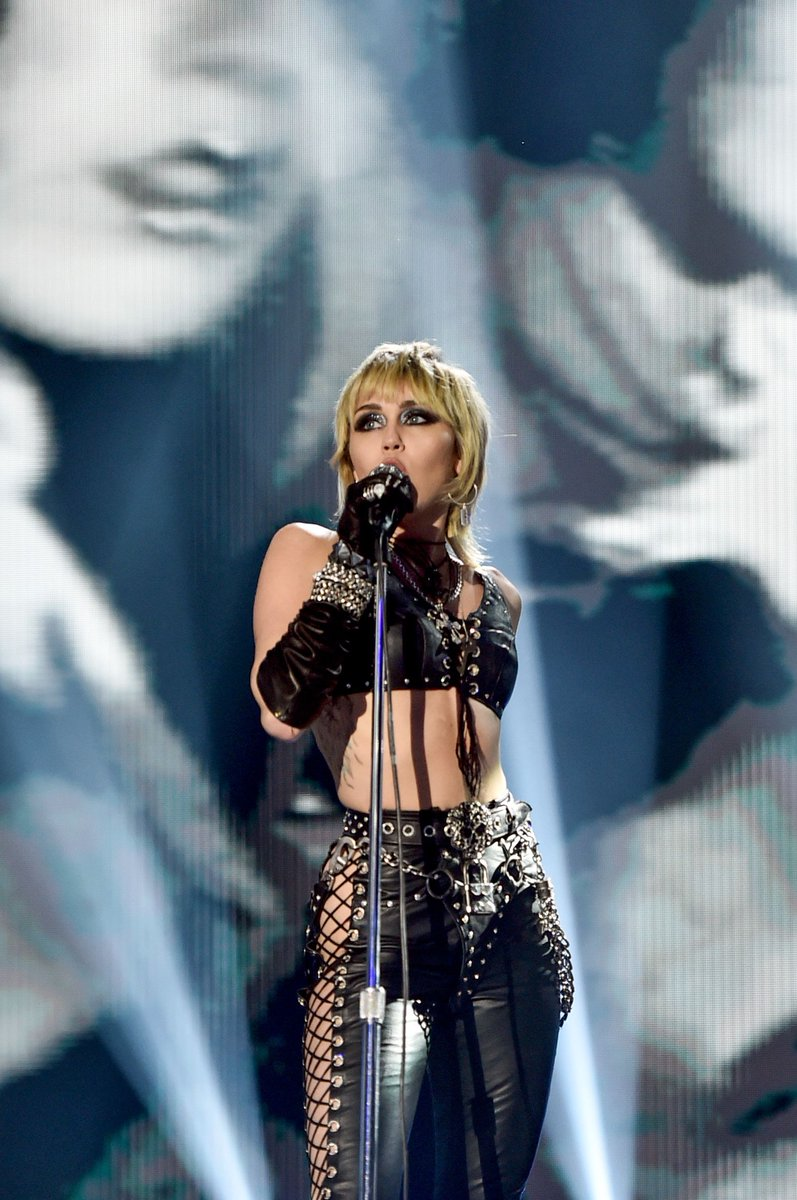 """@mileycyrus will perform at the Super Bowl TikTok Tailgate pre-show for 7,500 """"health care heroes"""". The TikTok Tailgate can be watched on Feb. 7 at 2:30 p.m. ET, either on TikTok or CBS. (📷: Getty)#mileycyrus #miley #sheiscoming #smilers #mileyraycyrus"""