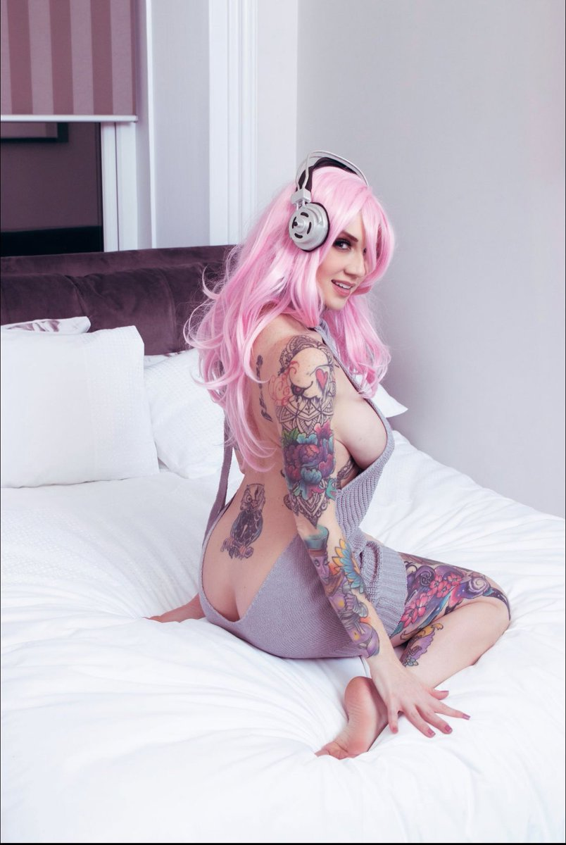 Oh hello 💕 📸 by @EliteOnlineMag