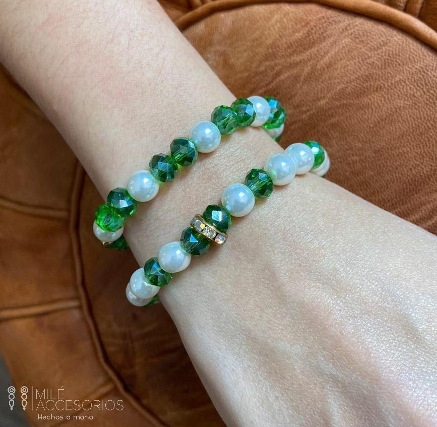 Dúo pulseras verdes      #MiléAccesorios #Bogotá #moda #fashion #style #pulseras #2021 #bracelets #artesanía #hechosamano #handmade