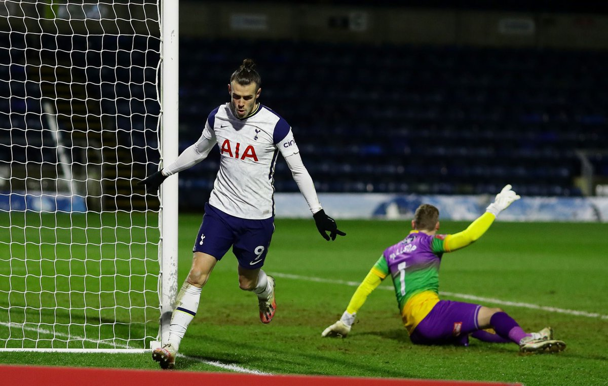"Jose Mourinho on Gareth Bale's performance:  ""He looked good, taking on players. Scored the goal. I never felt that he could not play 90 minutes, I never felt I had to take him off. Championship is a good level. That is good. I am happy.""  #COYS #THFC"