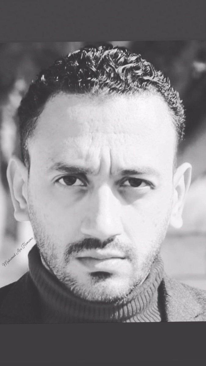 #blackandwhite #black #waiting #wallpaper #winter #model #actor #oscarfreire #oscars #art #artist #design #kiss #sun #style #stylish #fashion #egypt #hairstyles #happy #loutar #ramadan #love #keepgoing #sky #star