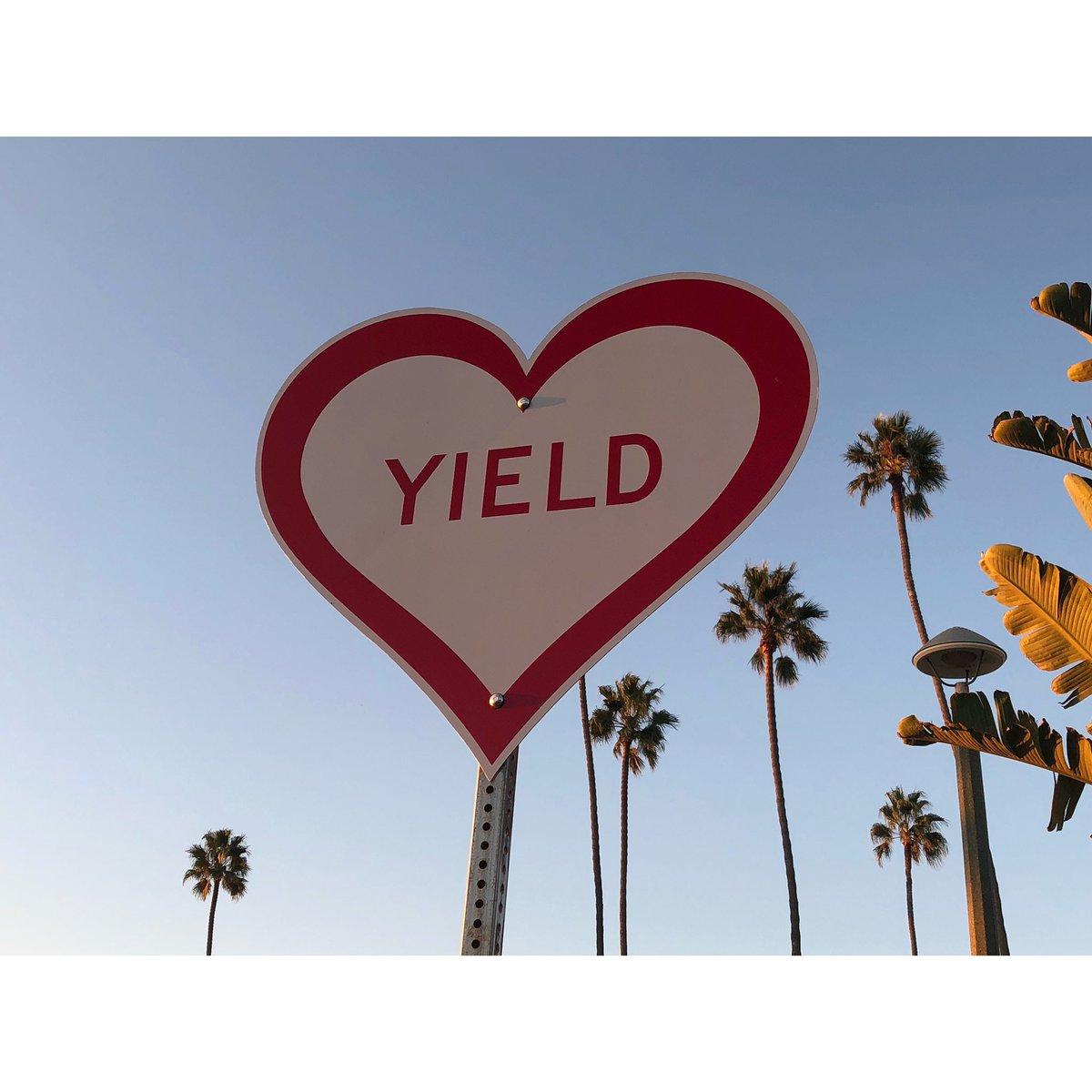 📷: 10/18/18 6:01PM  #Photography #StreetPhotography #Love #Energy #Light #Peace #KeepYourHeartOpen #Art  #PublicArt #ScottFroschauer  #Consciousness #California  #HolographicUniverse #Guido📸