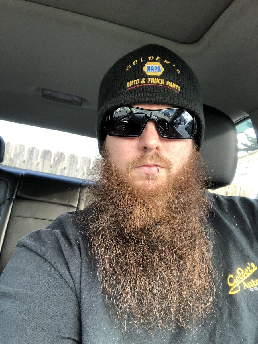 Replying to @KingFuzzyFace: Hope you are all having a beardiful day #TSDSupport #beard