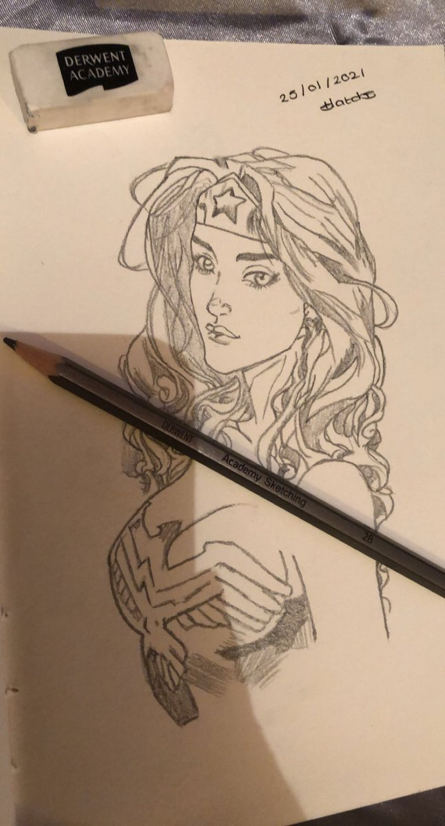 Latest Wonder Woman sketch free handed from reference can't credit original as there name is too small to read. Love Wonder Woman ♥️🥰 #wonderwoman @derwentart @warnerbros #art #sketching #sketch #drawing #freehanded