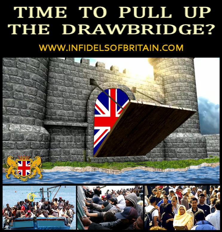 UK SHUTS ALL TRAVEL CORRIDORS, BUT MIGRANT BOATS STILL COMING! #tory #eu #uk #brexit #britain #NoDealBrexit #WTO #nigelfarage #ukip #brexitfarce #brino #brexitinnameonly #globalist #invasion @realDonaldTrump @kensingtonRoyal @ClarenceHouse @RoyalFamily