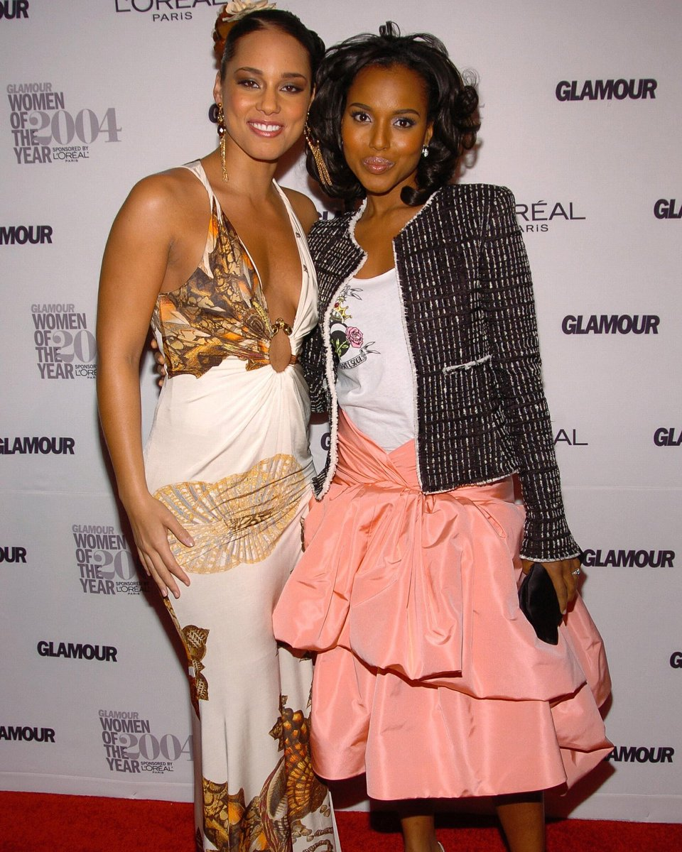 Wishing a Happy Birthday to my sweet Aquarian soul sister, @aliciakeys. This pic is from the night we first met!!! Check the epic early 2000s fashion!!!!! Back then I was a huge fan of the music. Today I am a huge fan of the whole human being!