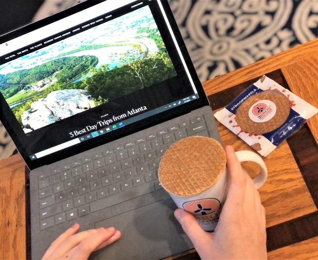 #Coffee + Mug + #Stroopwafel = a perfect moment of joy.  #Georgia #Atlanta #Dutch #MadeInTheUSA #meltthestroop #stroopwafels #3Broscookies #3Bros #FreshStroopwafels #GeorgiaGrown #travel