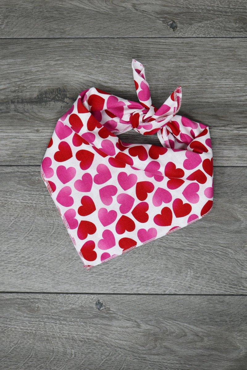 Really love this, from the Etsy shop TheLTeam.  #etsy #thelteam #petgift #doggift #custom #customdogbandana #personalizedbandana #dogbandana #valentinesday #valentines
