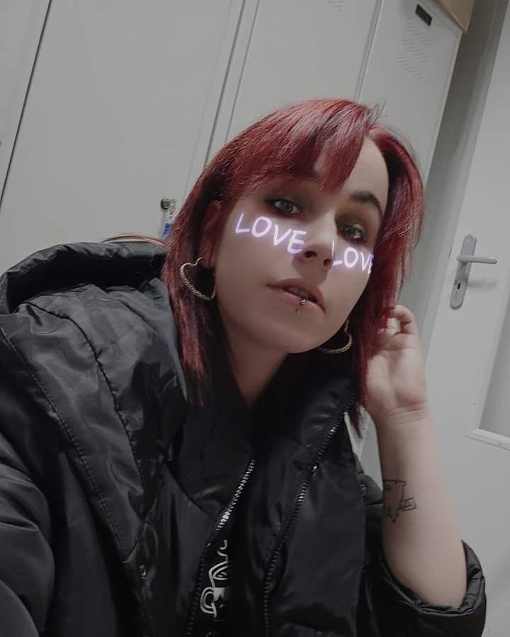 🔗🔗🔗 ~~~ #me , #love ,#girl #hair , #jrocks #visualkei #vkei #followme #dark #l4l #gyaru #cosplay #otaku #alternati...