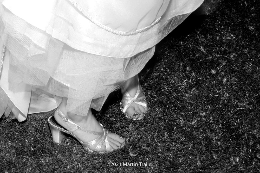 (Bridal #Feet) has been published. See the whole conversation at Daily Photo Game -  B & W, bride, feet, grass #BW #Bride #Grass