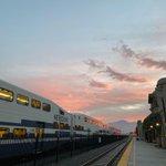Image for the Tweet beginning: San Bernardino sunrise. #SoCalExplorer #MetrolinkExperience  📸: Eddie