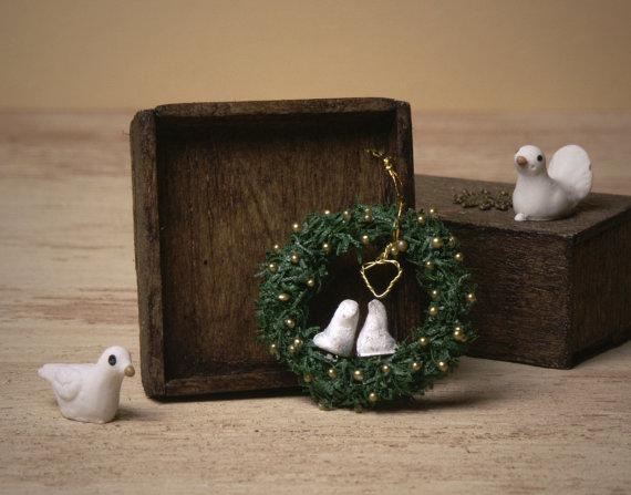 Charming Miniature Wreath Love Birds for Your Dollhouse by DinkyWorld -   #Christmas #christmas
