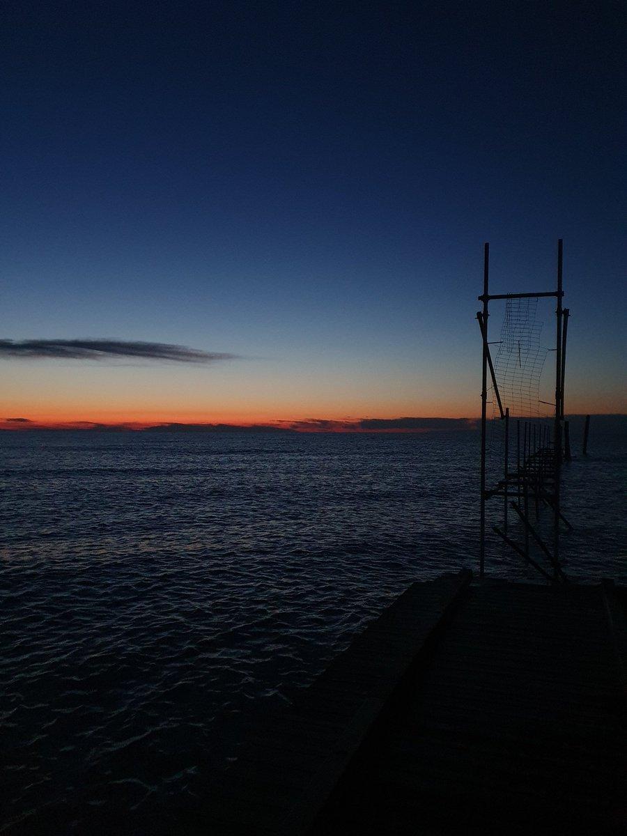 Un alba in meno alla riapertura  #jesolo #venezia #treviso #veneto #gin #vodka #robymarton #pioloemax